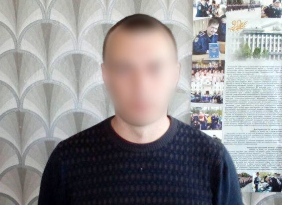 На Донбассе задержан пособник боевиков, работавший надзирателем в тюрьме: появилось фото (1)