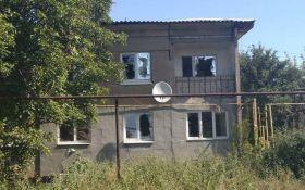 Боевики обстреляли село в Луганской области, погиб мирный житель: опубликованы жуткие фото последствий