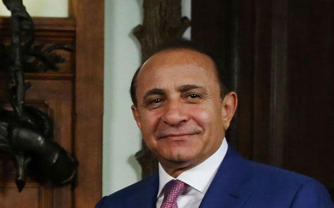 Прем'єр Вірменії пішов у відставку: звинувачує у всьому політику і війну