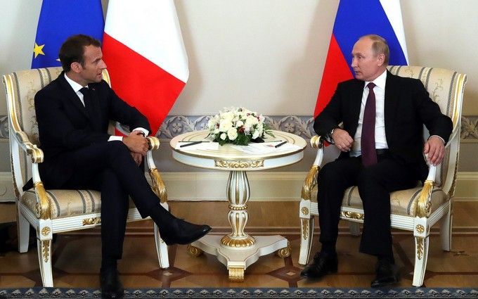 Путін і Макрон провели телефонні переговори: про що говорили президенти Росії і Франції