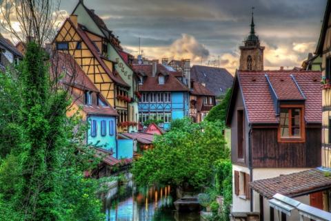 Самые красивые деревушки, которые словно сошли со страниц сказочных книг (20 фото) (3)