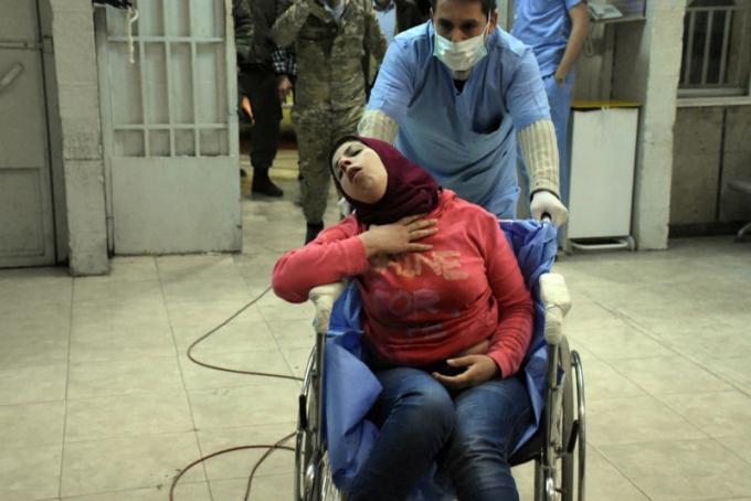 У сирійському Алеппо здійснена потужна хіматака, понад 100 постраждалих: моторошні фото і відео (1)