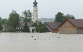 Европа страдает от сильных наводнений: опубликованы видео