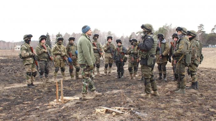 Если Украина хочет хороших военных, нужно обещать им не только флаг и гроб - Цви Ариэли (2)