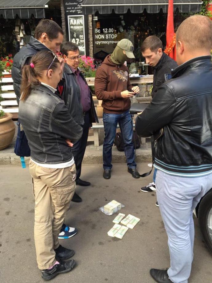 """Луценко упіймав велику корупційну """"рибу"""": з'явилися фото (1)"""