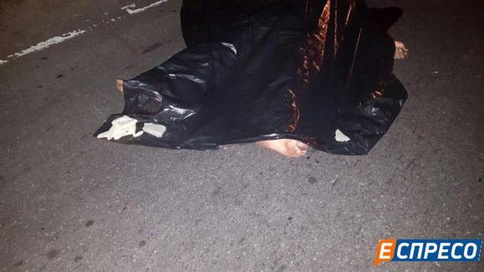 У Києві сталася страшна ДТП, є загиблий: з'явилися фото (1)