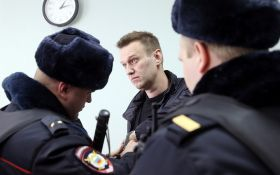 В Москве задержали известного оппозиционера и его соратника