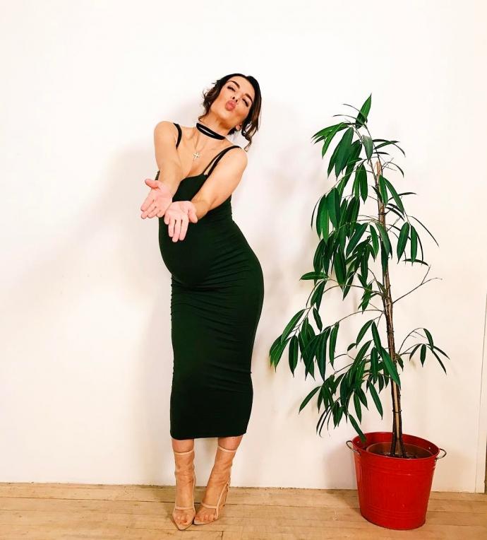 Беременная Седокова намекнула на грядущие перемены в личной жизни: опубликовано фото (1)
