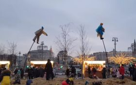 В России праздновали Масленицу и подарили людям новые мемы о чучелах - что случилось
