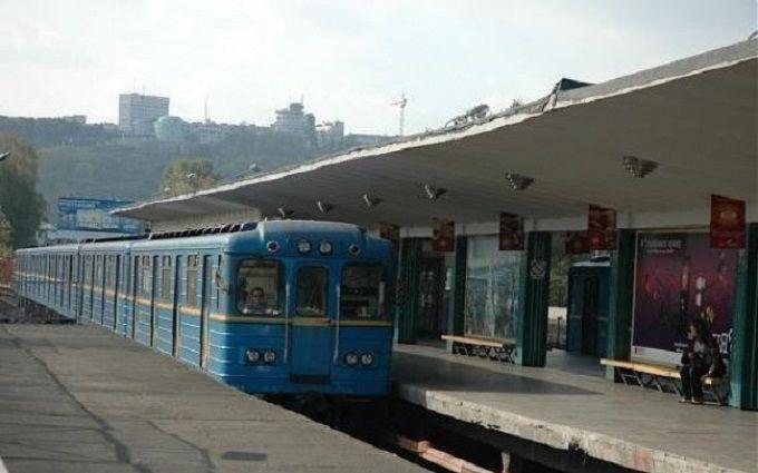 Вкиевском метро умер мужчина-экстремал