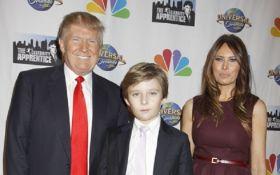 Дружина Трампа відмовилася переїжджати разом з чоловіком в Білий дім