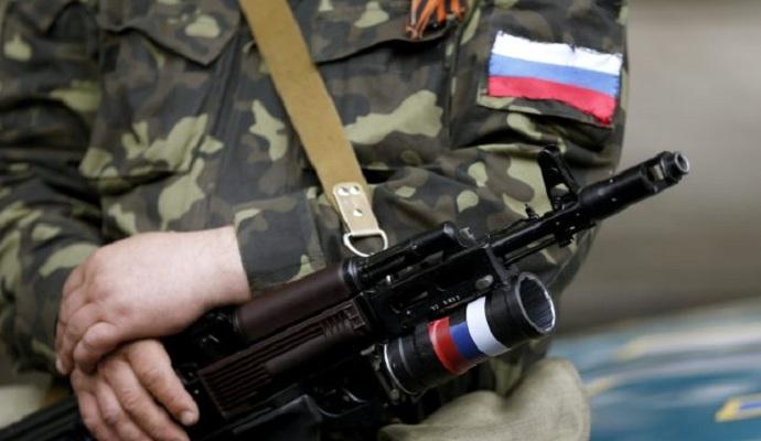 РФ продолжает поставлять оружие, боеприпасы и войска на Донбасс - Порошенко