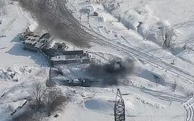 Отплатили с лихвой: появилось видео мощного удара ВСУ по позиции боевиков на Донбассе