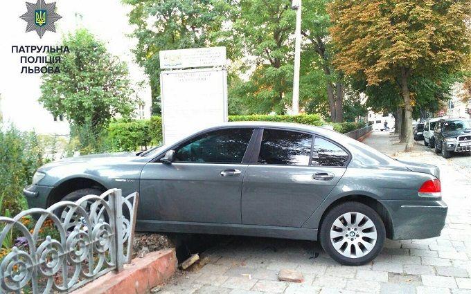 П'яний іноземець у Львові влаштував перегони з поліцією: опубліковано фото