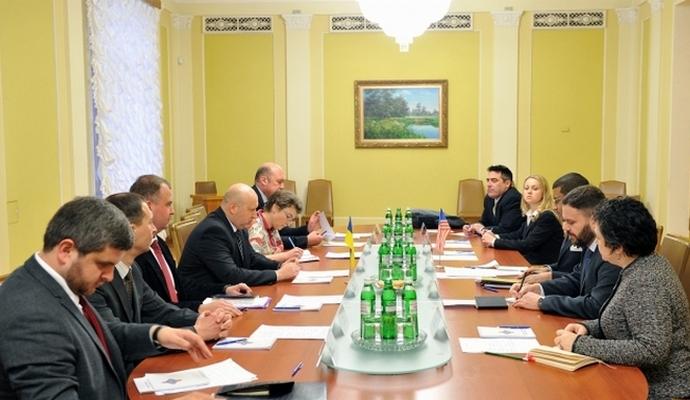 Секретарь СНБО встретился с заместителем Керри