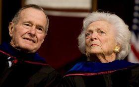 """Американские СМИ случайно """"похоронили"""" жену Джорджа Буша-старшего"""