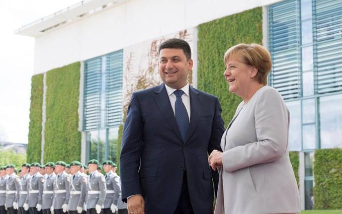Меркель высказалась о реформах в Украине и кредитах для нее