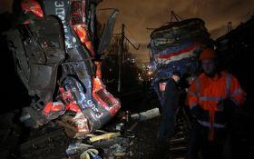 У Москві зіткнулися потяг і електричка, багато постраждалих: з'явилися фото і відео