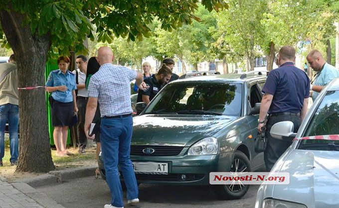 У Миколаєві озброєні грабіжники влаштували стрілянину: з'явилися фото