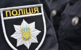 Жорсткість копів в Києві розбурхала соцмережі: опубліковані відео