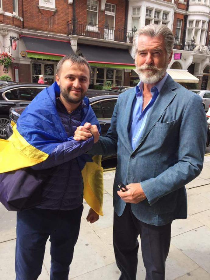 Бійці АТО і волонтери вразили всесвітньо відомого актора: з'явилися фото (1)