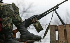 Ситуація на Донбасі залишається напруженою, є поранені - штаб АТО