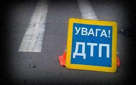 В Киеве пьяный водитель наехал на оформлявшую ДТП патрульную: появились фото