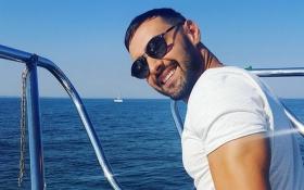 Український співак знову похвалився підкачаним тілом: опубліковані фото і відео