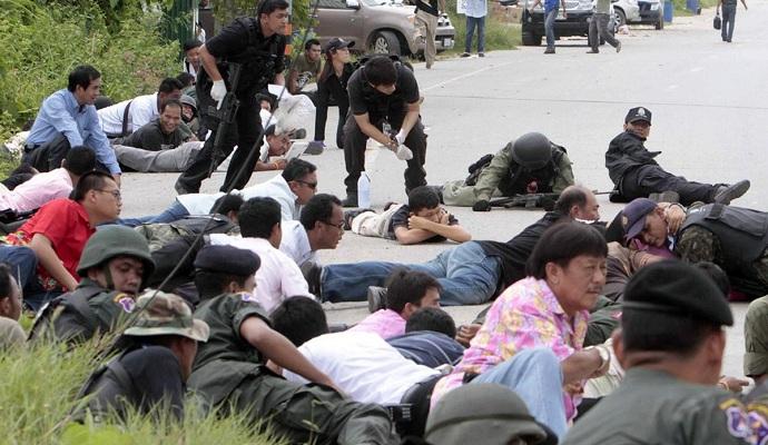 Невідомі влаштували в Таїланді два вибухи