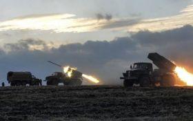 Бойовики обстріляли з забороненої зброї ЗСУ і мирних жителів, є постраждалий