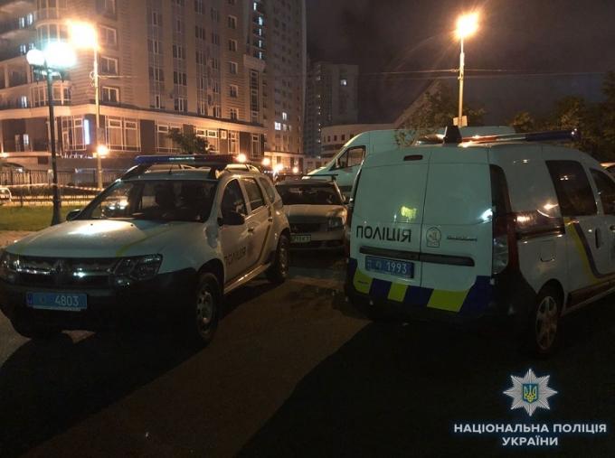 В Киеве владелец ресторана расстрелял посетителей: опубликованы фото и видео (4)