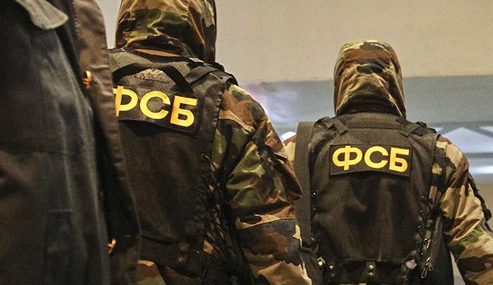 ФСБ проводит обыск дома крымскотатарского активиста