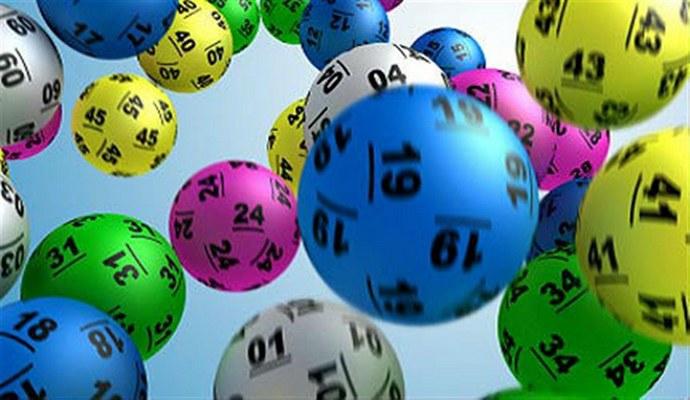 В группе из 60 человек у двух совпадут месяц и день рождения с вероятностью 99%