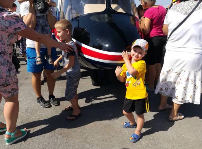В Запорожье представили первый украинский вертолет: опубликованы фото (1)