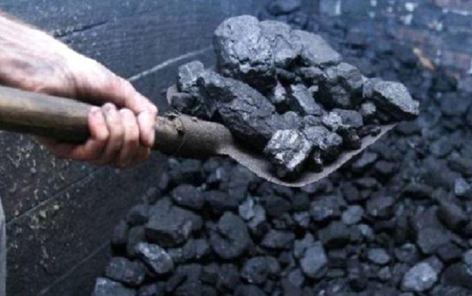 Шокирующие цифры: сколько украинского угля РФ вывозит с Донбасса