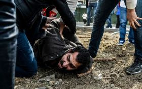 В Стамбулі демонстранти зіткнулися з поліцією, більше 200 затриманих