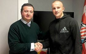 """Защитник """"Карпат"""" перешел в испанский клуб: опубликовано фото"""
