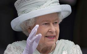 С королевой Великобритании едва не случилась трагедия: стали известны детали
