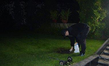 Вибух гранати у дворі будинку Ківалова - хуліганство. МВС (1)