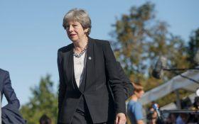 Постыдное поведение: Мэй начала запугивать депутатов досрочными выборами