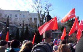 Ненавидят Украину: видео с агрессивными путинцами возмутило сеть