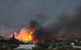 Пожежі у Греції видно із космосу - з'явилися шокуючі фото