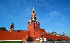 В Кремле рассказали, о чем будут говорить Путин и Макрон в Париже