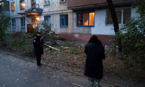 У Маріуполі з РПГ стріляли по житловому будинку (7 фото) (3)