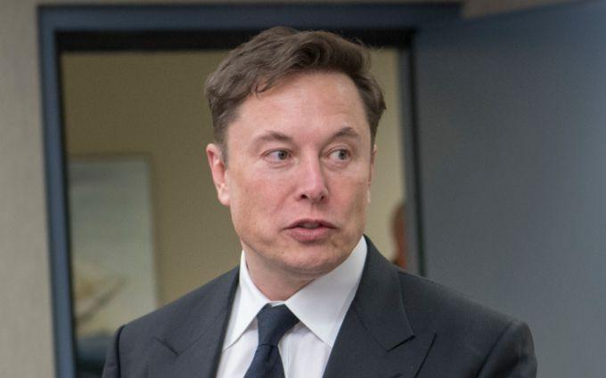 Я готов: Илон Маск ответил на угрозы Джонни Деппа