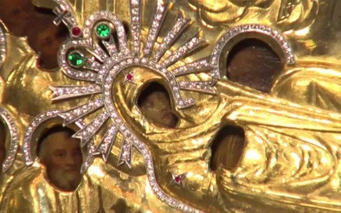 В Украине празднуют Успение Пресвятой Богородицы: приметы и традиции
