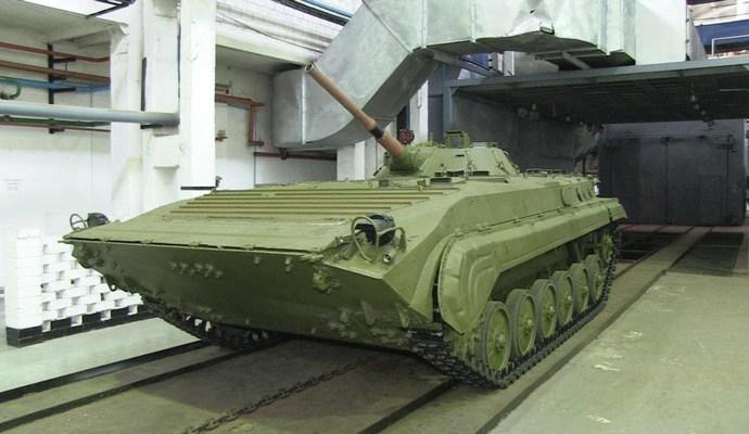 С бронетанкового завода на Житомирщине украли двигателей почти на 7 млн грн