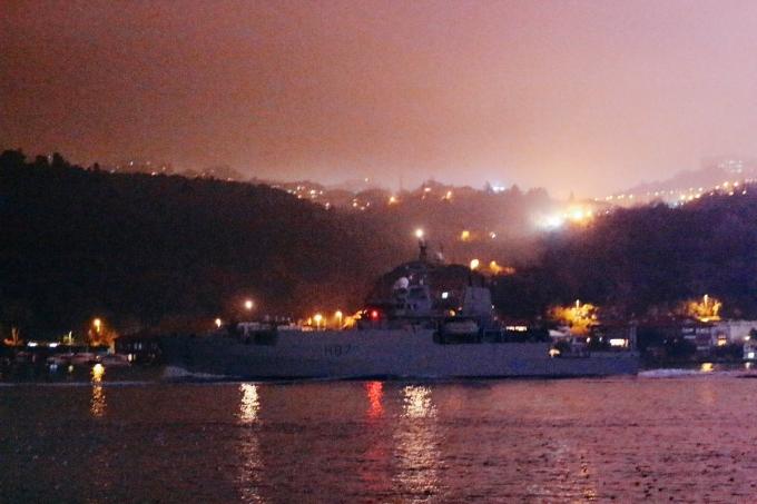 Військовий корабель-розвідник Великої Британії увійшов у Чорне море: опубліковані фото і відео (3)