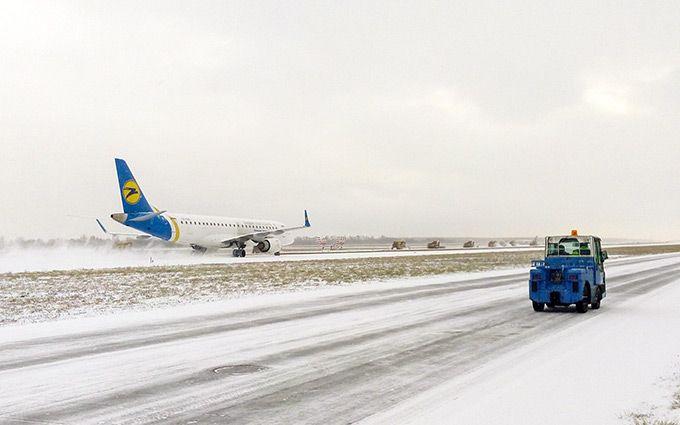 Международный аэропорт «Борисполь» пока работает порасписанию