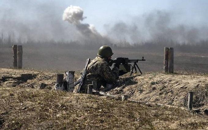 В зоне АТО ведутся прицельные обстрелы и была применена артиллерийская установка